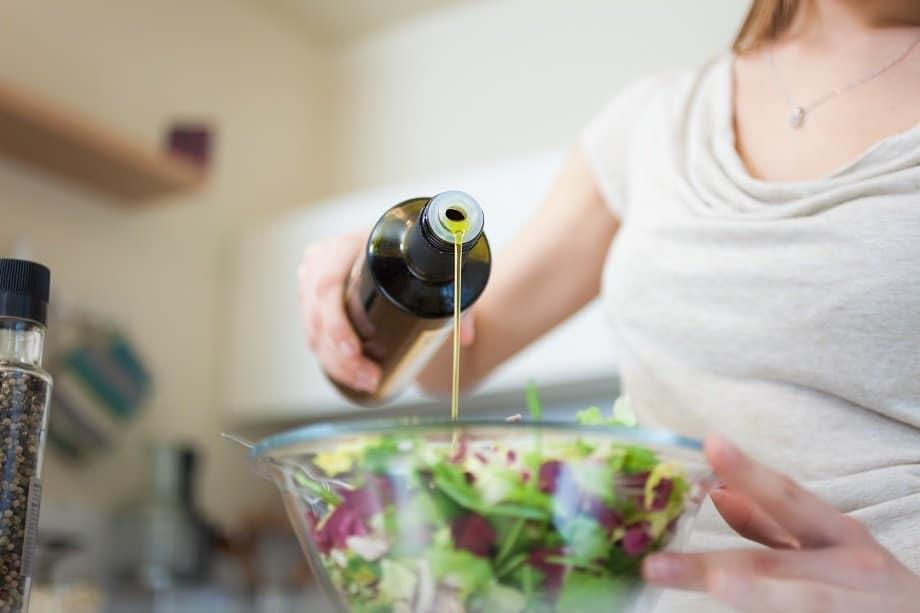 oliveoilwomansmaller.jpg